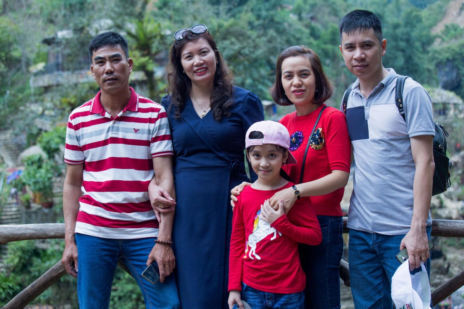hình ảnh lưu niệm của các gia đình CBCNV VHE